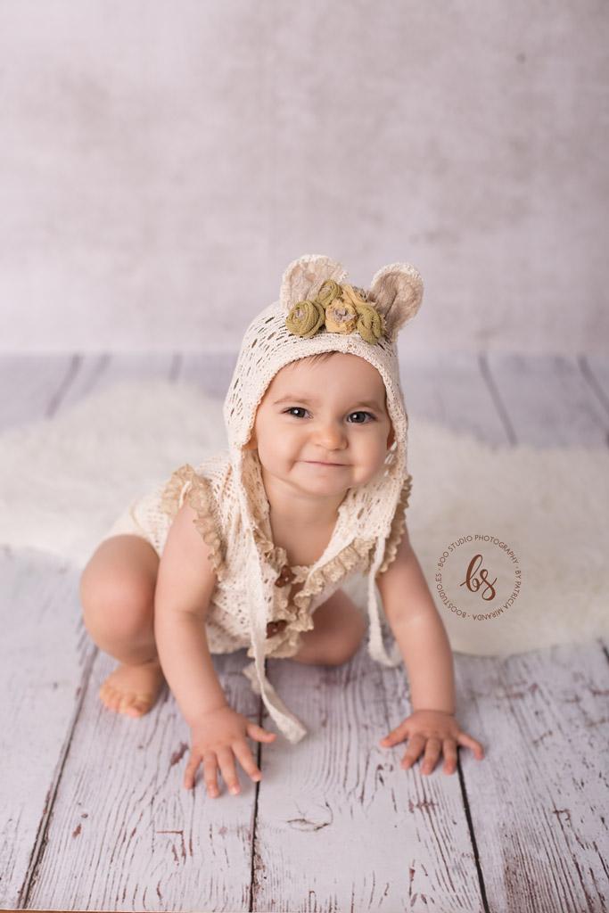 Bebé con cara de pilla